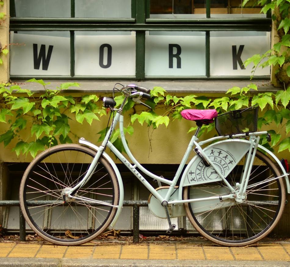 Unsplash Cycle work